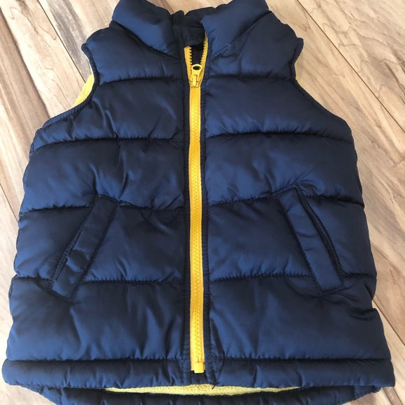 Old Navy Other - 3T boys puffer vest